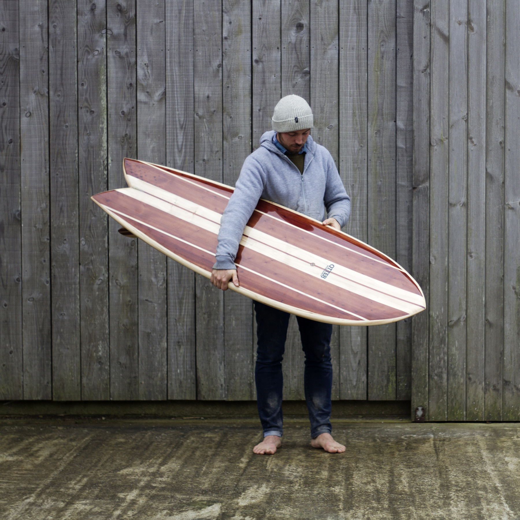custom wooden surfboard with californian redwood and english poplar twin fin fetch