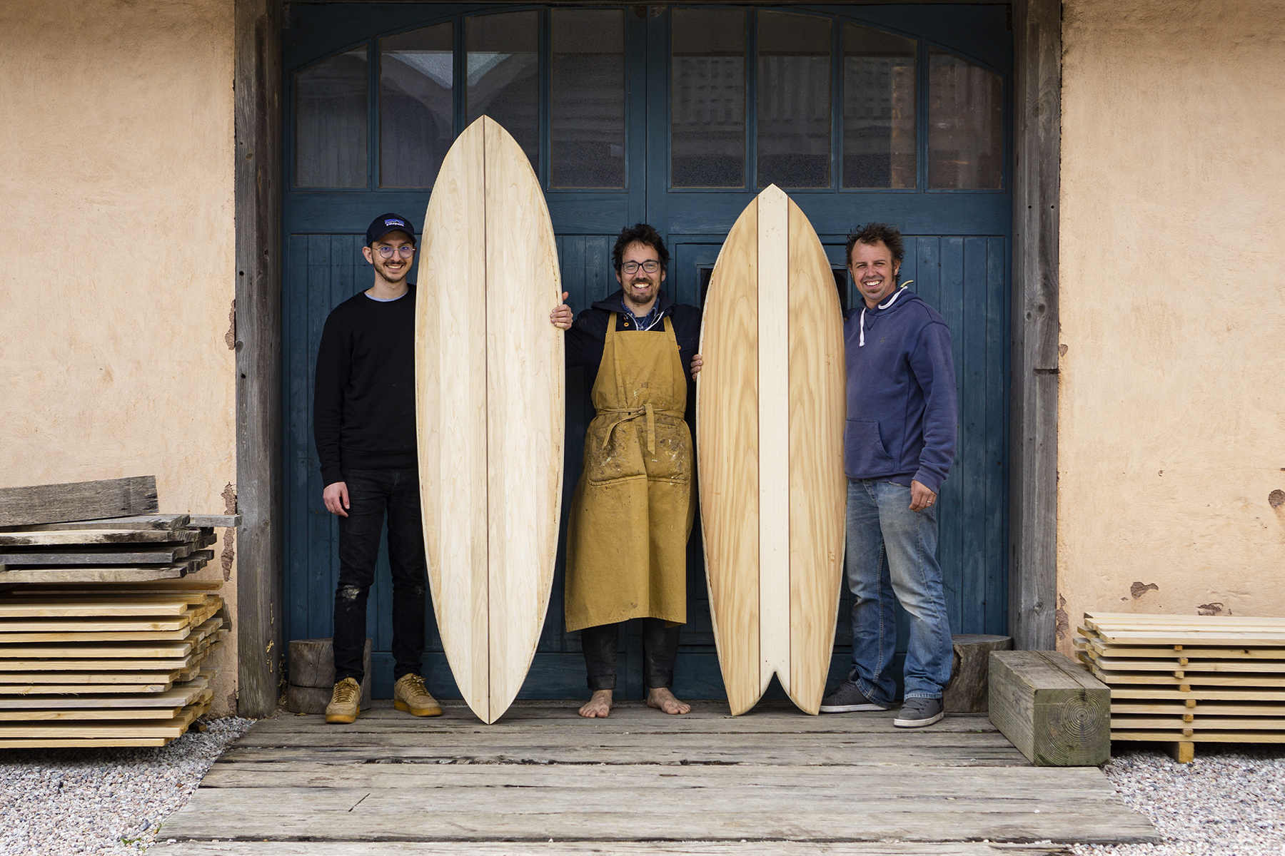 Otter Surfboards Wooden Surfboard workshop experience may 2021 - Group shot - Phil James Chris